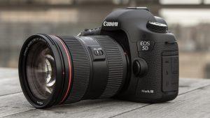 1200px-Canon_EOS_5D_Mark_III_2-300x169